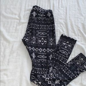 Super soft leggings with prints
